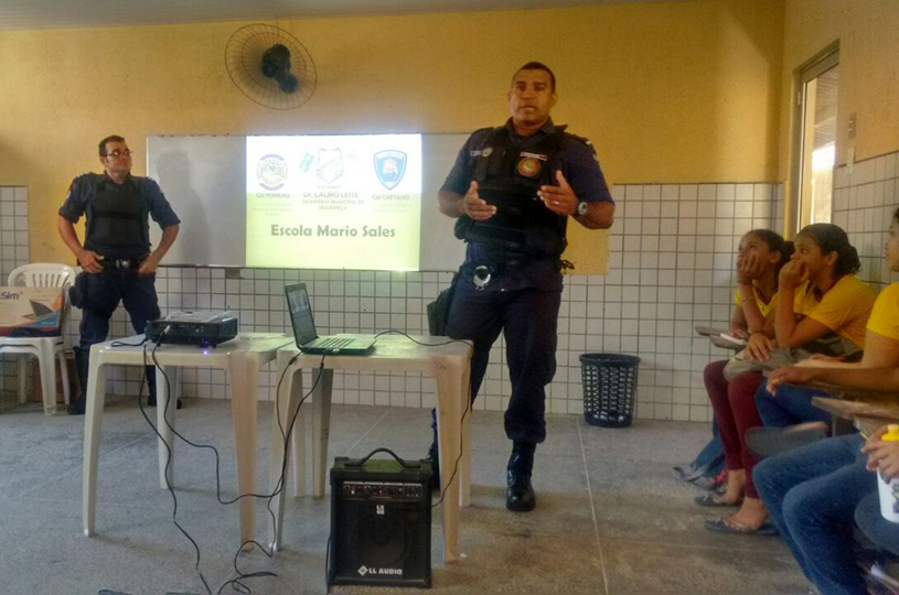 Ronda Escolar faz ação de prevenção contra as drogas nas escolas de Eusébio