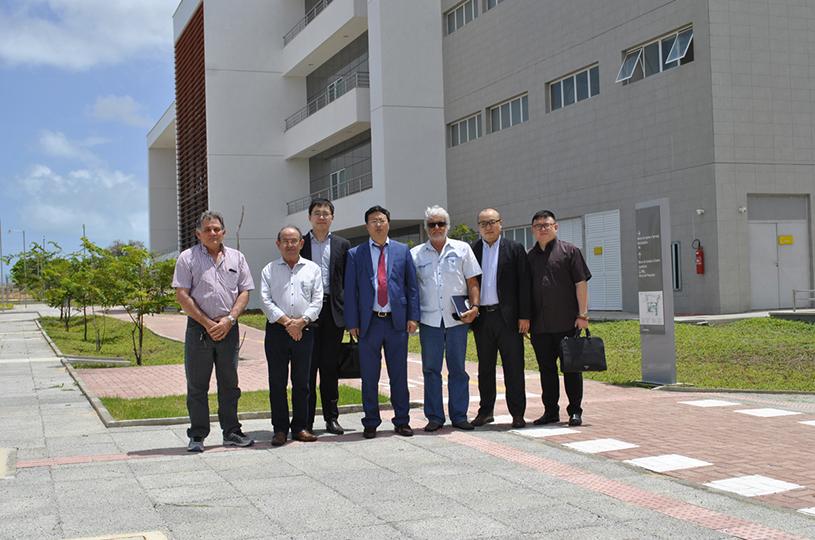 Representantes de empresa chinesa visitam Polo Tecnológico de Saúde