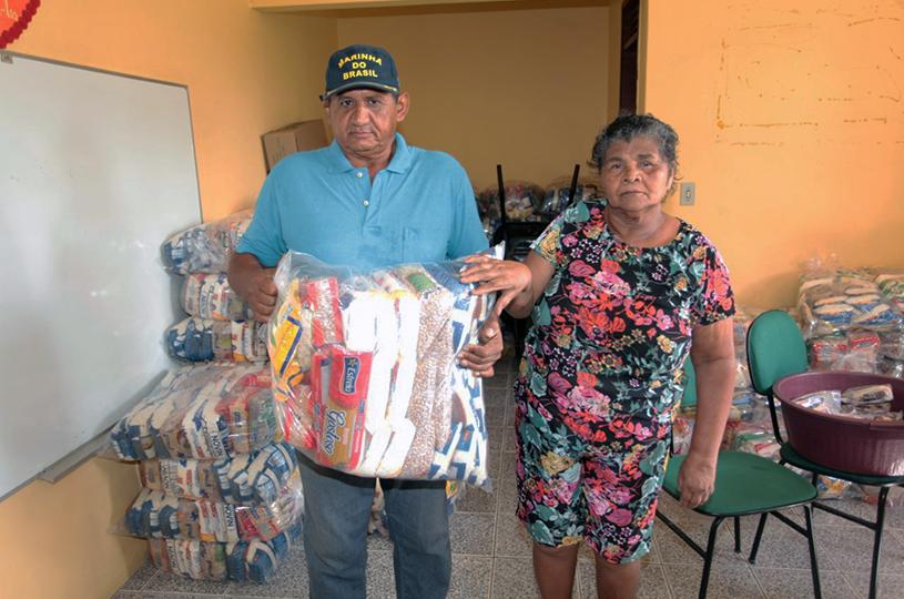 CRAS da Mangabeira entrega cestas básicas para 155 famílias