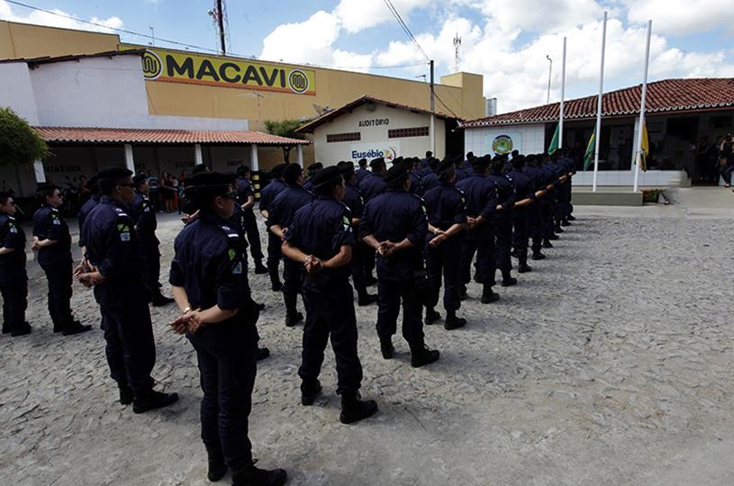 Eusébio cumpre lei federal que dá  poder de polícia a Guarda Municipal