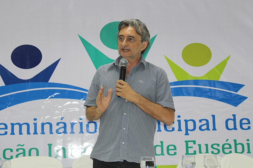 Prefeitura realiza Seminário Municipal  de Educação Integral com sucesso