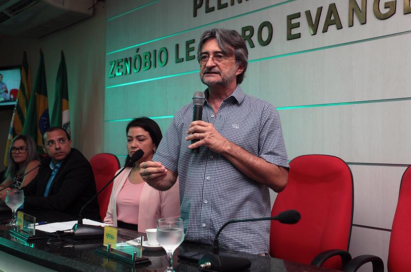 Prefeito Acilon apresenta mensagem do Executivo aos vereadores na abertura dos trabalhos da Câmara