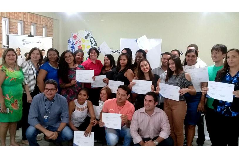 Eusébio certifica concludentes dos cursos de Assistente Administrativo, Operador de Supermercado e Manicure