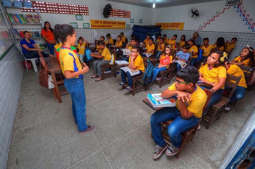 Eusébio dá início ao Tempo Integral nas 37 escolas municipais
