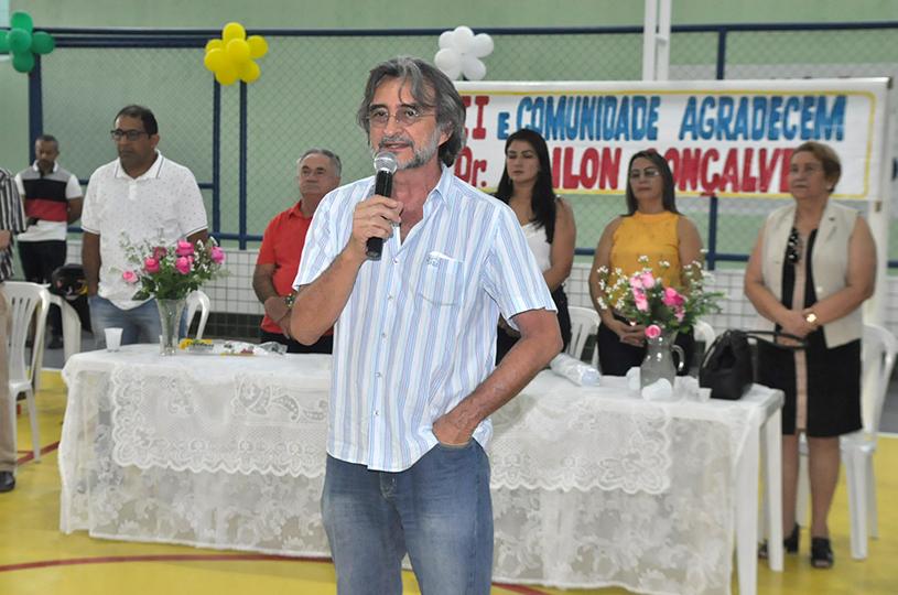 Prefeitura reinaugura o Ginásio Poliesportivo do Jabuti km20