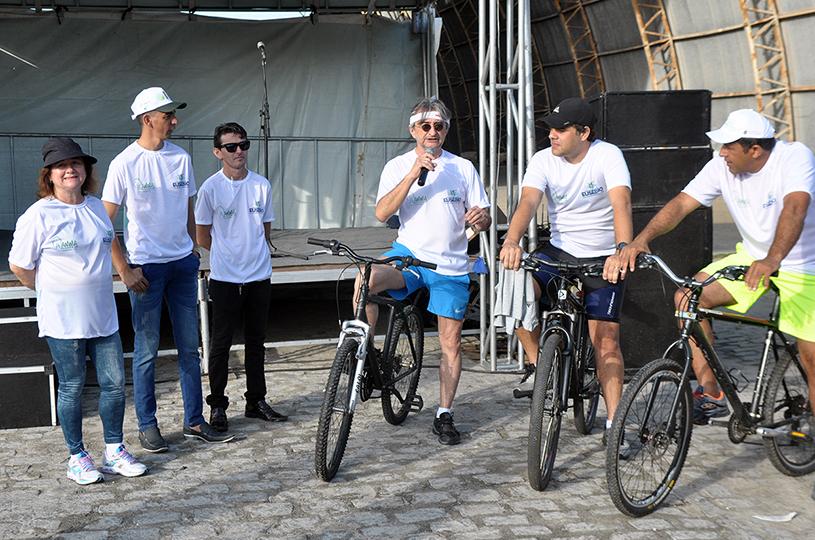 Eusébio conclui semana do meio ambiente com Pedalada Ecológica