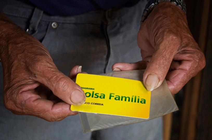 Eusébio foca no acompanhamento cadastral dos beneficiados com o Bolsa Família