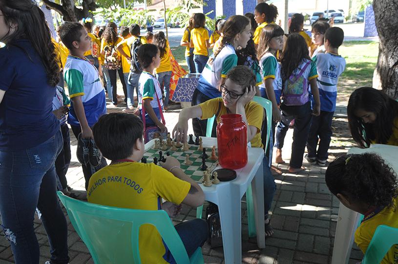 II Brincando no Polo tem início com a participação de 14 escolas