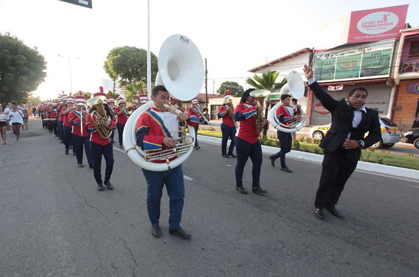 Bandas e fanfarras escolares de Eusébio são destaques nos desfiles cívicos