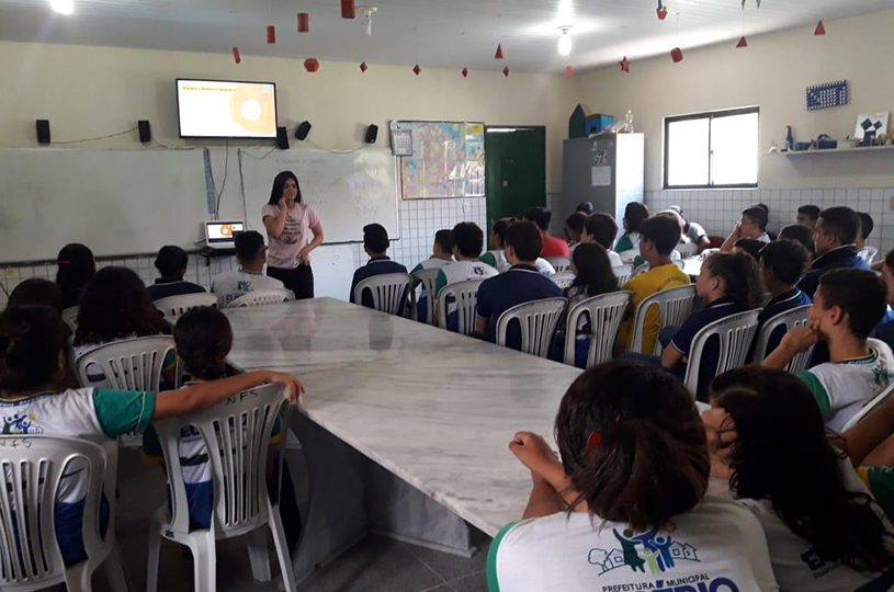 ASA realiza rodas de conversas nas escolas dentro da campanha do Setembro Amarelo
