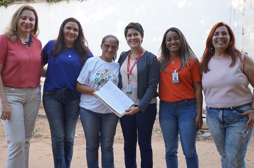 Coleta Seletiva de Eusébio recebe caminhão doado pela empresa 3Corações