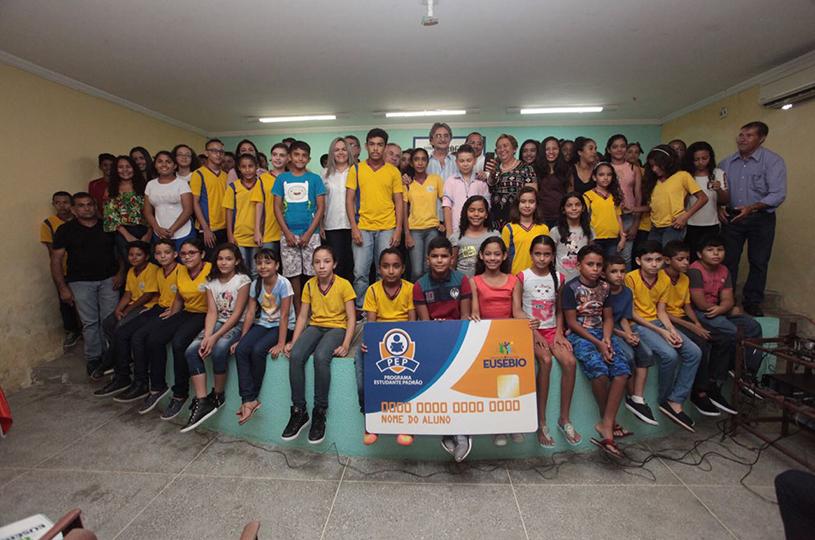 Prefeitura de Eusébio amplia Programa Estudante Padrão para todas as séries do Ensino Fundamental