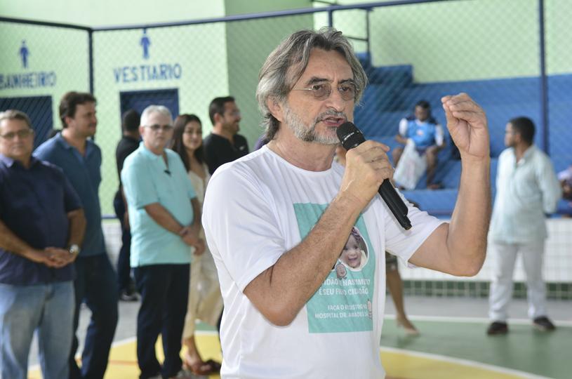 Prefeitura nos Bairros é recebido com festa pelos moradores do Santo Antônio