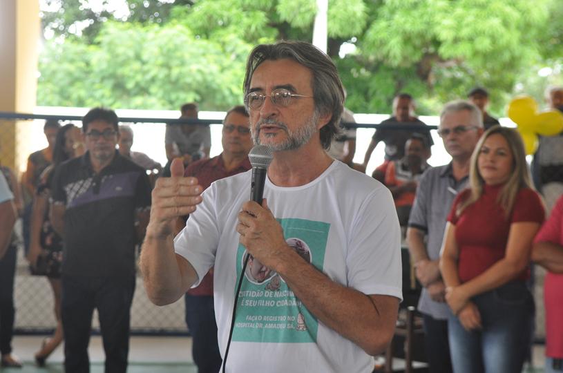 Lagoinha recebe o Prefeitura nos Bairros com prestação de serviços e inauguração de quadra poliesportiva