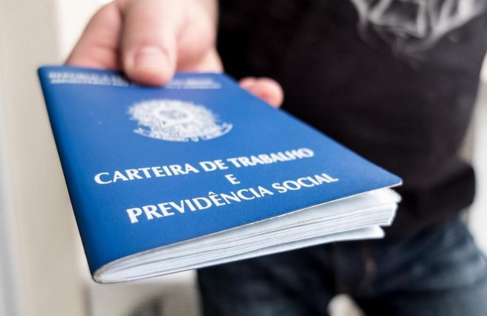 SINE/IDT Eusébio recebe currículos para diversas vagas até esta terça-feira
