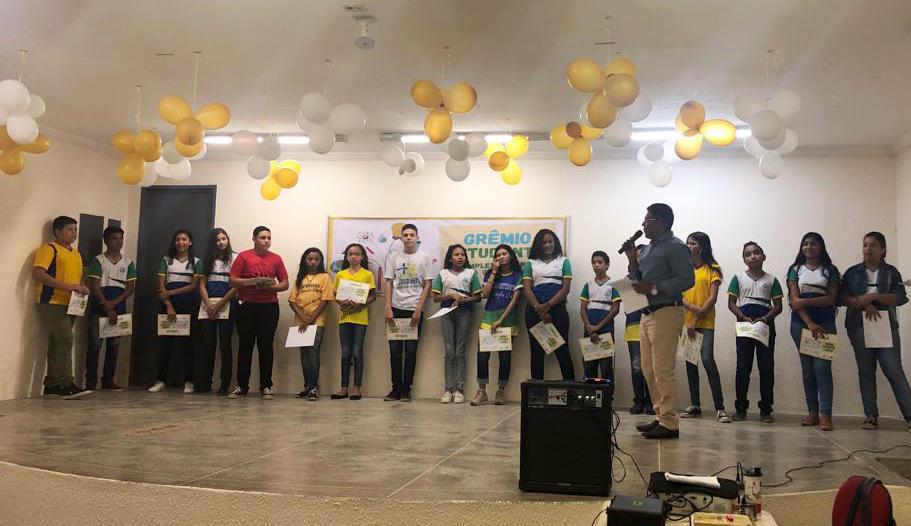 Prefeitura de Eusébio certifica novas  diretorias dos Grêmios Estudantis