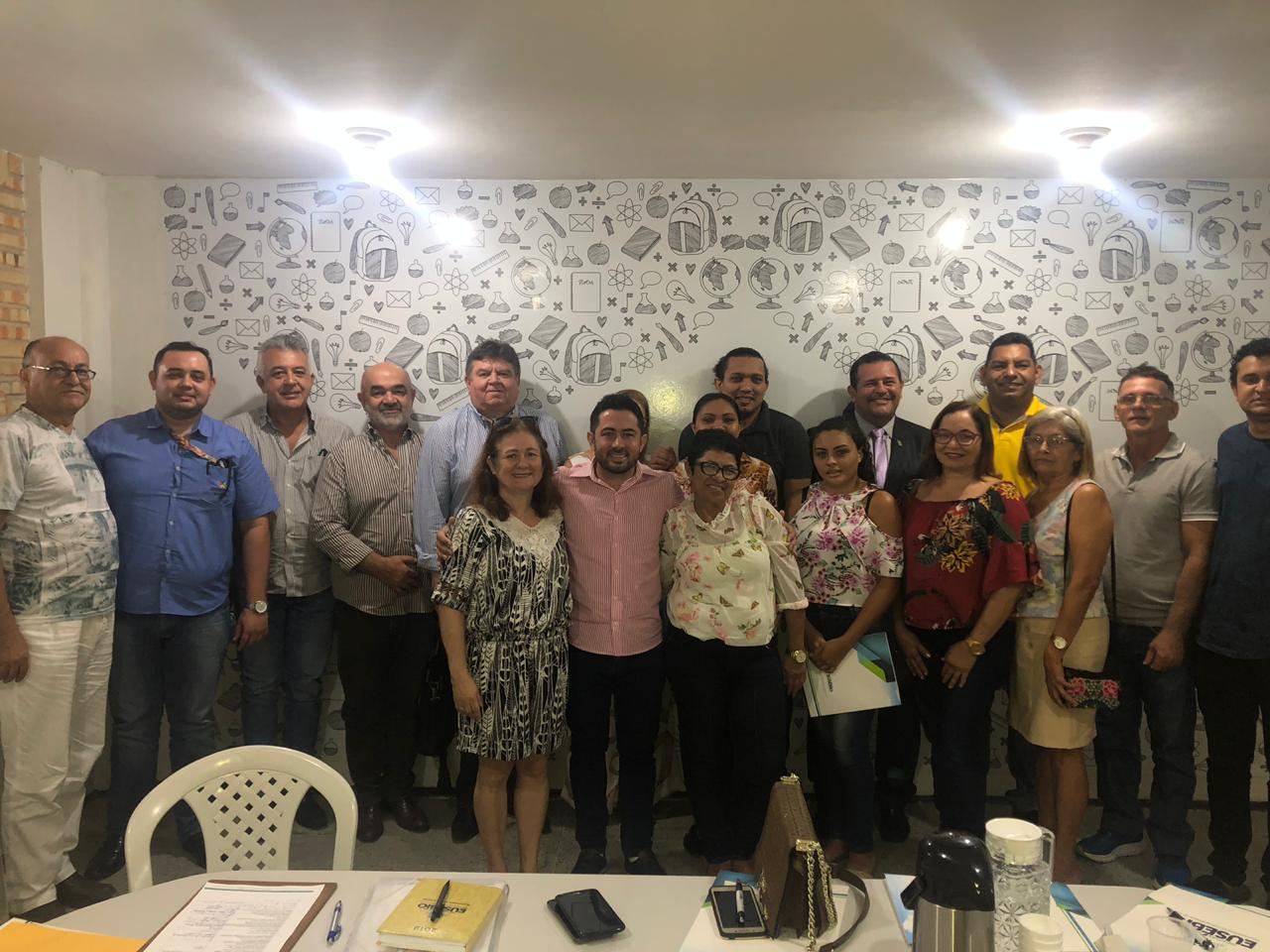 Eusébio empossa os membros do Conselho Municipal de Turismo
