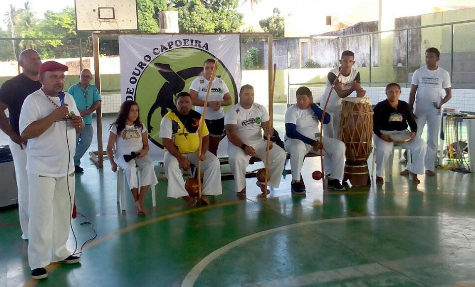Eusébio implanta projeto Capoeira na Terceira Idade no Polo da Mangabeira