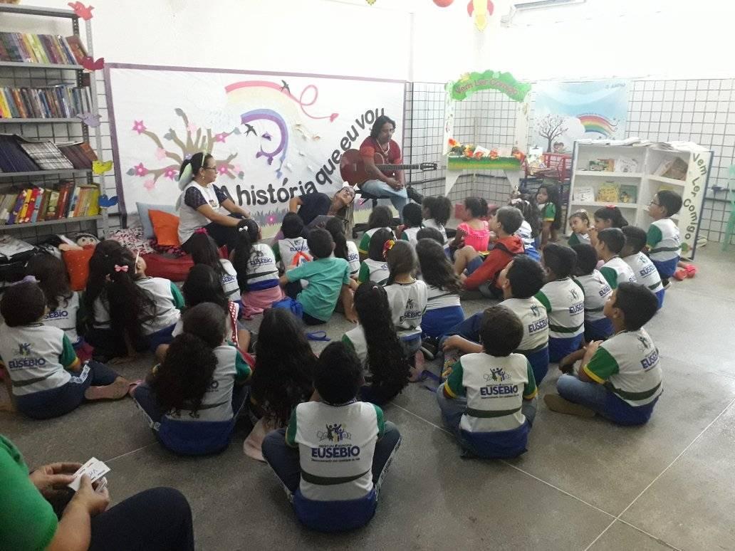 Prefeitura de Eusébio divulga vencedores do concurso de redação do projeto 'Vem Ler Comigo'