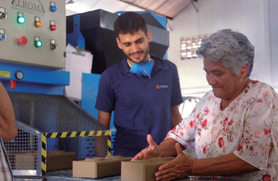 Prefeitura de Eusébio e Iteva capacitam idosos em Construções Sustentáveis