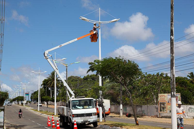 Eusébio divulga novo telefone gratuito para solicitar manutenção da iluminação pública
