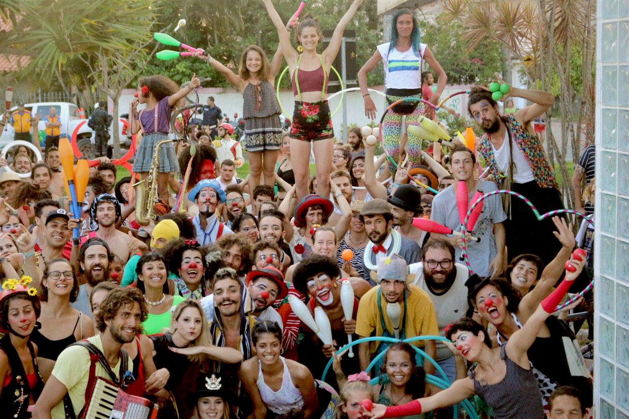 Eusébio sedia Convenção Brasileira de Malabarismo e Circo