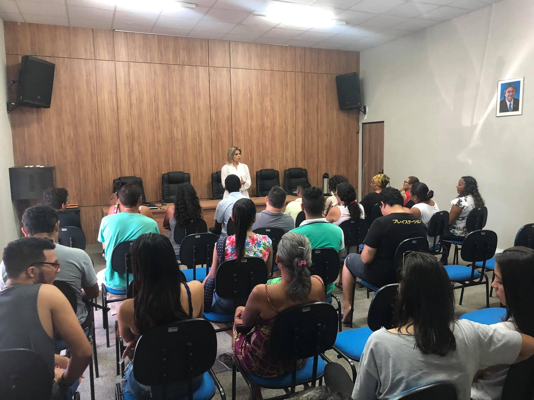 Eusébio certifica turmas do projeto Jovem Aprendiz