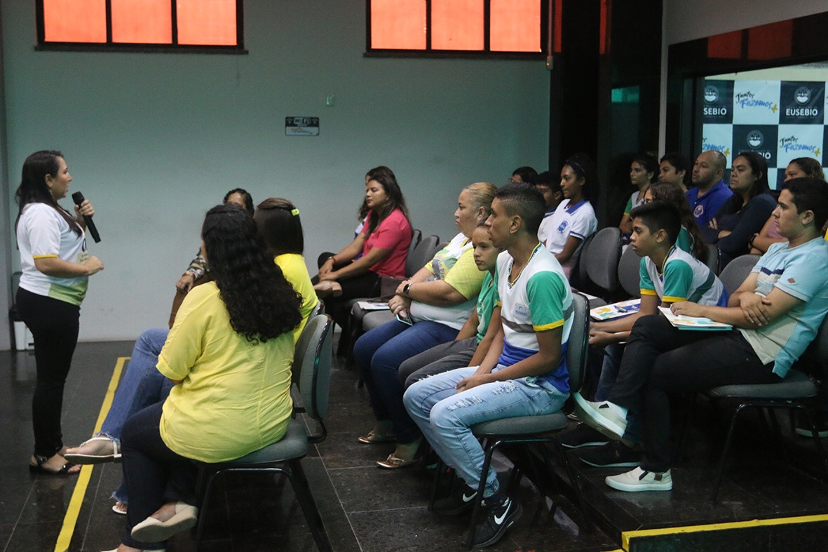Prefeitura de Eusébio realiza capacitação dos programas de Saúde e Prevenção na Escola