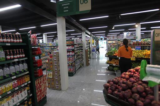 Secretaria de Desenvolvimento Econômico mantém contato direto empresas para atendimento das demandas do setor