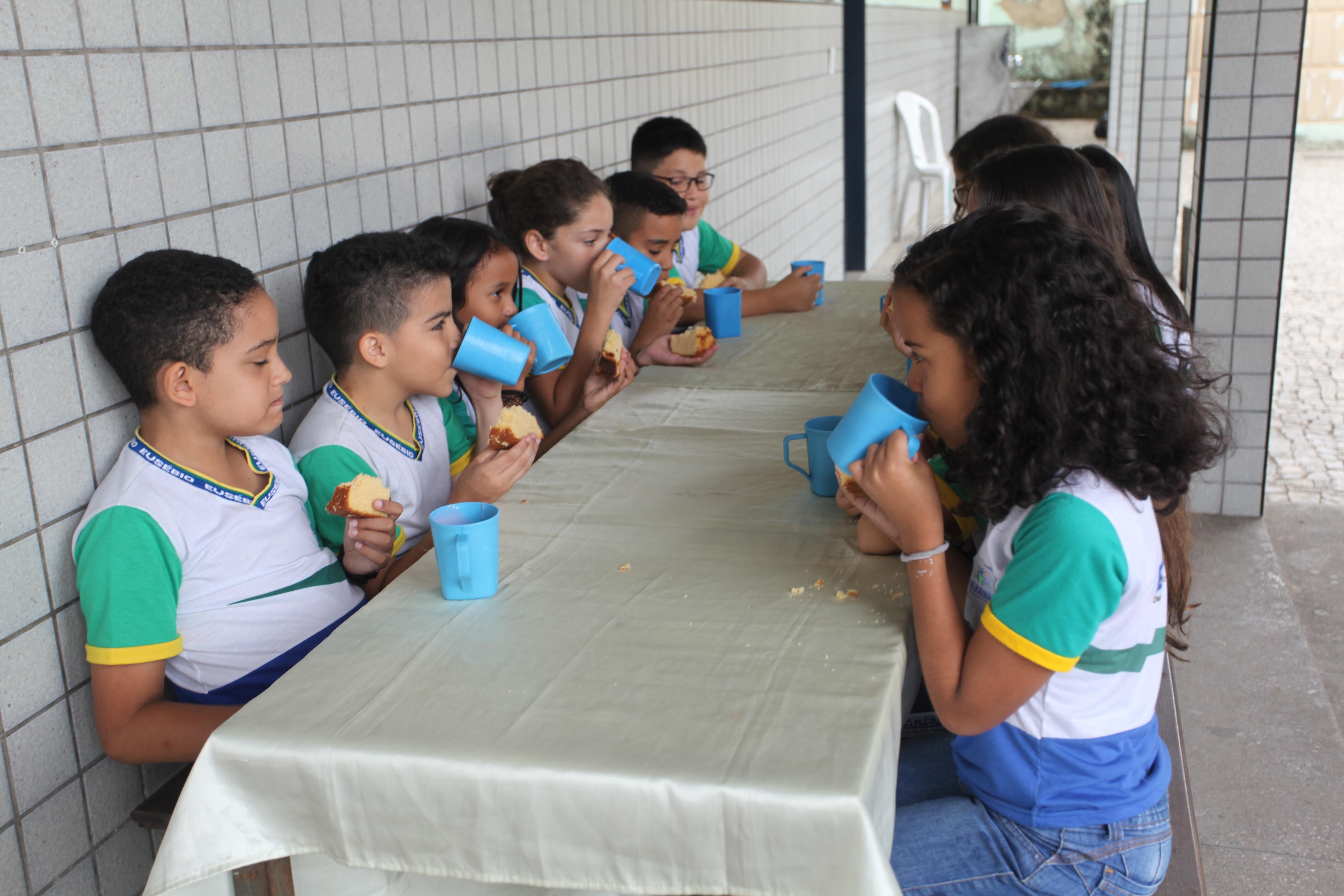 Prefeitura de Eusébio divulga o calendário de entrega dos Kits de Alimentação para os da rede municipal