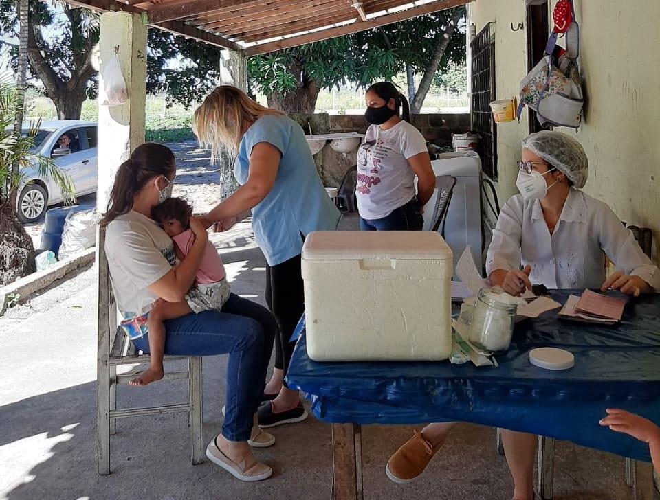 Programa Criança Feliz de Eusébio auxilia na buscativa de crianças com vacinação em atraso