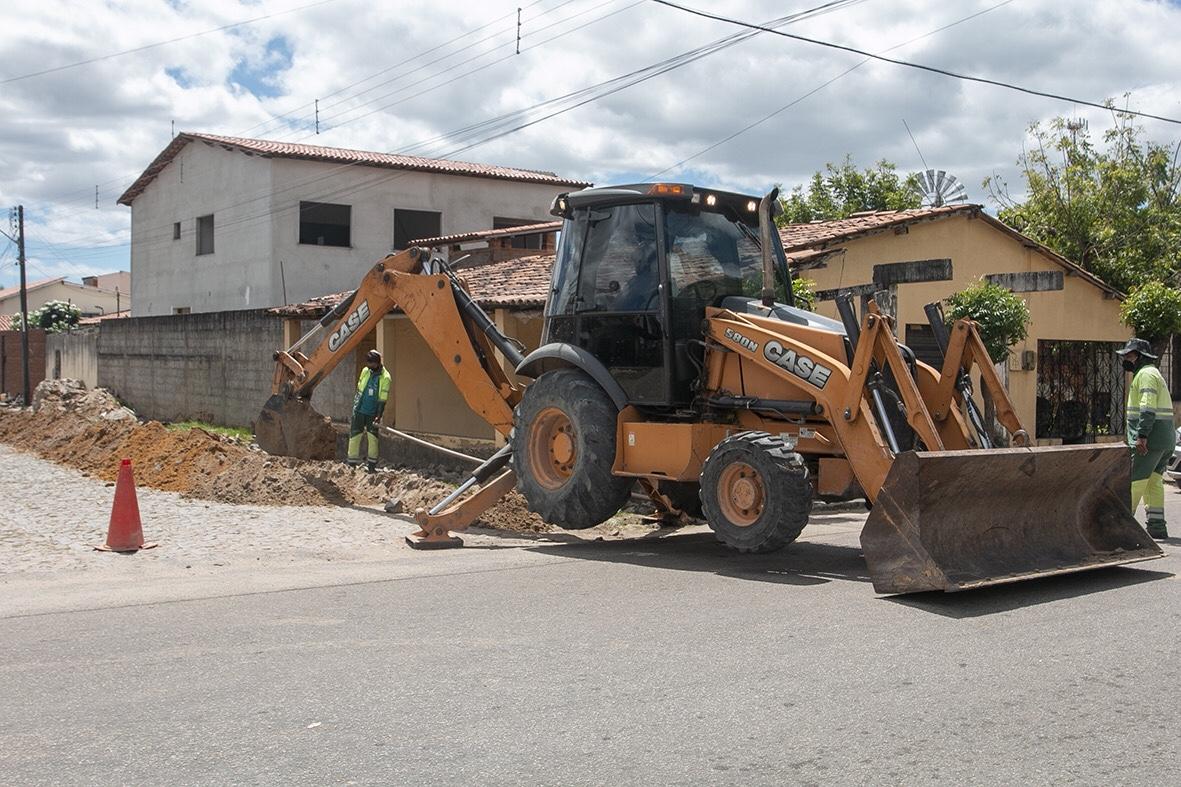 Prefeitura de Eusébio agiliza obra de implantação do sistema de abastecimento de água no Jabuti Km19