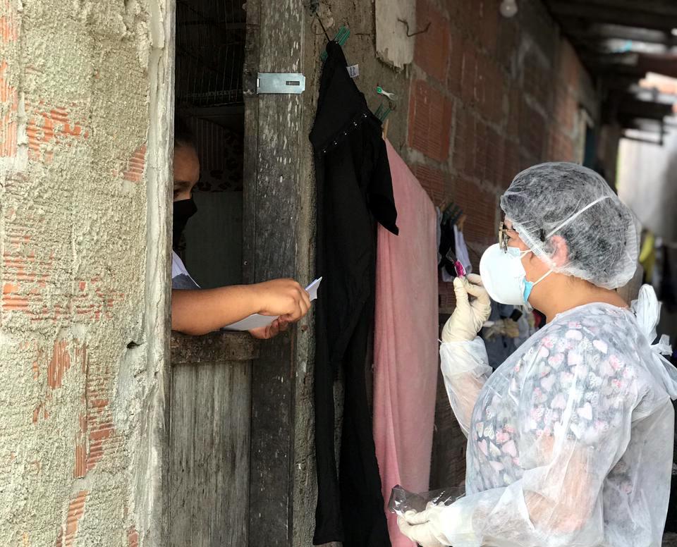 Eusébio realiza tratamento precoce em pacientes com testes positivos para COVID-19 feitos em clínicas particulares e farmácias