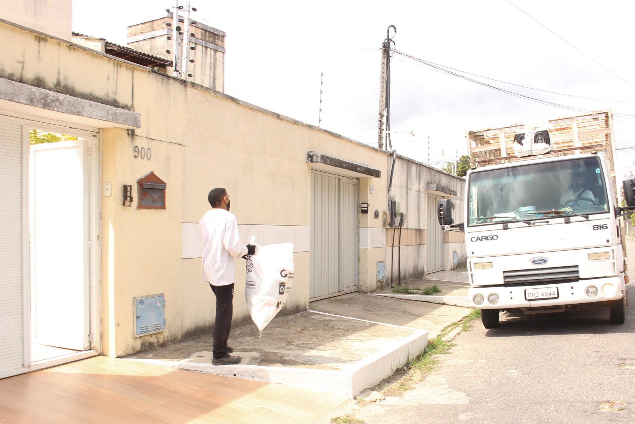 AMMA cria sistema de rastreamento para população acompanhar rota dos caminhões da Coleta Seletiva