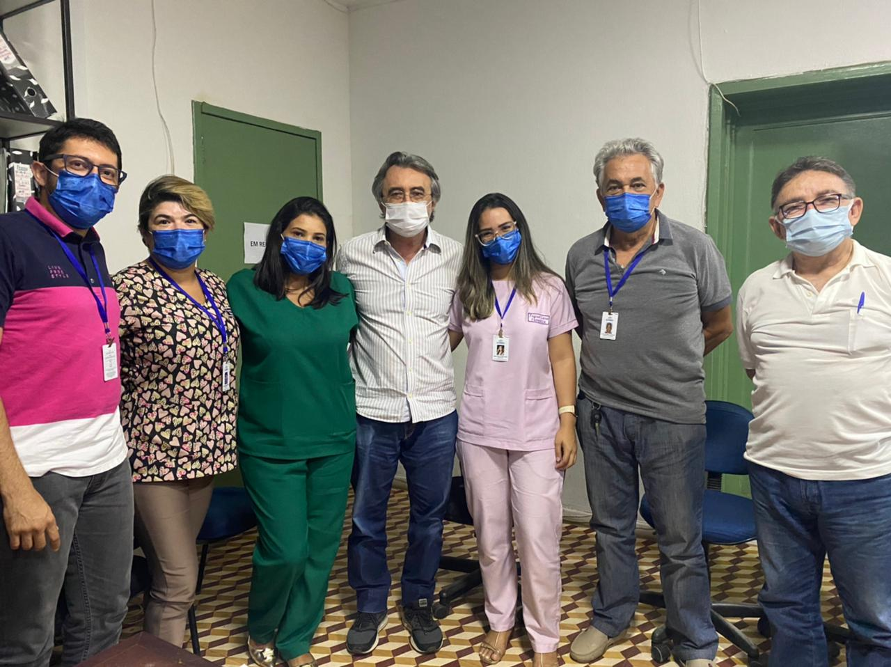 Eusébio discute estratégias para garantir estoque de medicamentos nas unidades de saúde do município