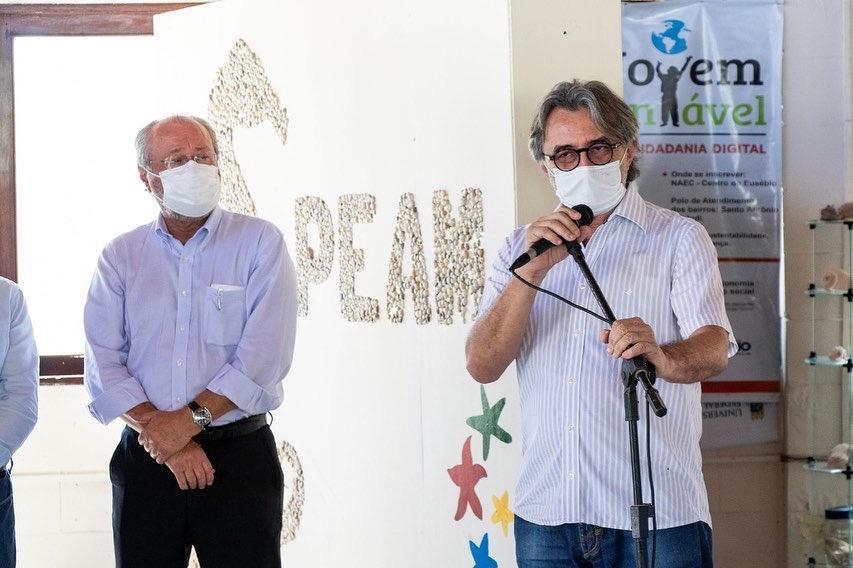 Prefeitura de Eusébio faz doação de terreno que abriga Centro de Estudos Ambientais Costeiros para a UFC