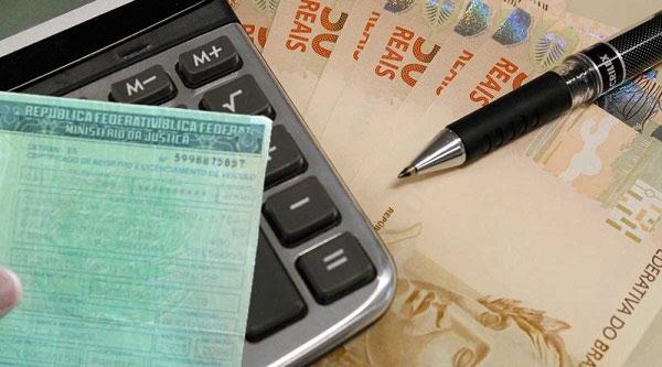 AMT possibilita parcelamento de multas e débitos de veículos pelo cartão de crédito