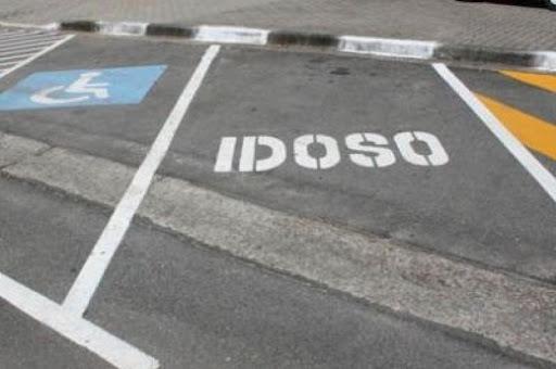 AMT realiza credenciamento  de idosos para vagas exclusivas em estacionamentos